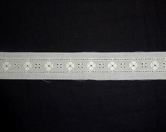 Ivory Eyelet Embroidered Lace Swiss Entredeux, BY the YARD, 3/4 Inch Wide, Heirloom Sewing, Lingerie, Baby Christening Baptism Dress, Sewing