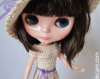 OOAK Beige crocheted Outfit set for Blythe