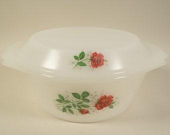 Arcopal France casserole, serving dish, ovenware, milkglas, red roses