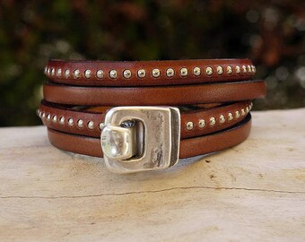 Brown leather strap and silver beads - silver hook clasp - women Leather Bracelet