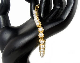 Napier Faux Pearl Bracelet, ca. 1980s, Vintage Bracelets