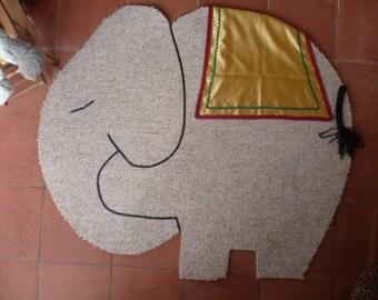 Decorative rug for the nursery
