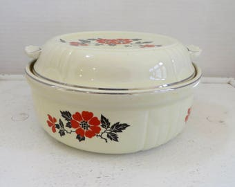 Vintage Hall Red Poppy Casserole Dish