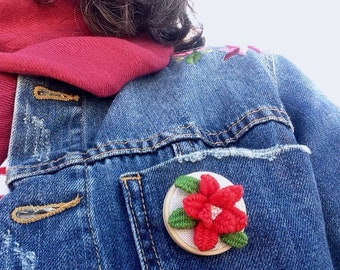 Tiny  brooch red rose embroidered, red rose brooch, mother day,  tiny red rose, floral brooch, for woman, made in Spain, ready to ship