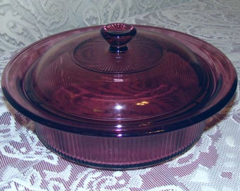 Corning - Vision - Cranberry Lidded Casserole - Baking Dish - 1 qt.