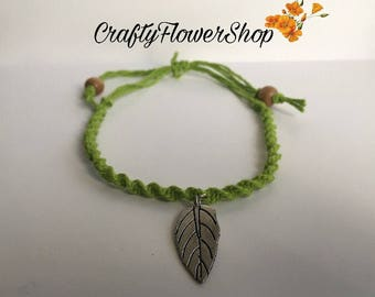 Green hemp leaf anklet