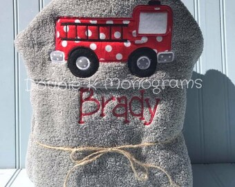 Firetruck Hooded Bath Towel / Personalized Hooded Towel / Fire fighter / Fire man hooded towel / Toddler hooded towel