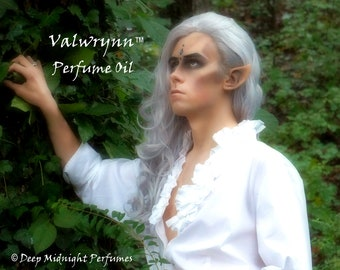 VALWRYNN™ Perfume Oil - Forest Ferns, Oakmoss, Pine Needles, Citrus, Woods, Spices - Fantasy Perfume - Realms of the Fae Folk™ Perfume