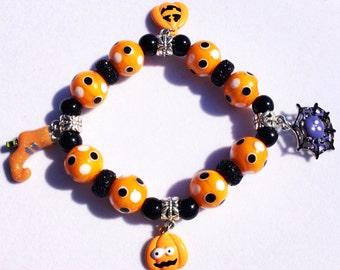 Orange black Halloween charm beaded bracelet Halloween jewelry glass beads beaded bracelet charm bracelet gift