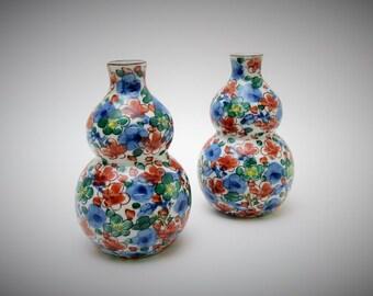 Arita Porcelain. Pair Sake Bottles.Tokkri.Vintage Japanese Porcelain.by Suisen.1970s.decanter.Hand-painted.#sak6.msjapan.