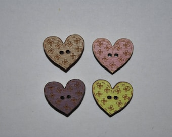 set of 4 buttons wood heart child/baby/sewing/scrapbooking/deco 59