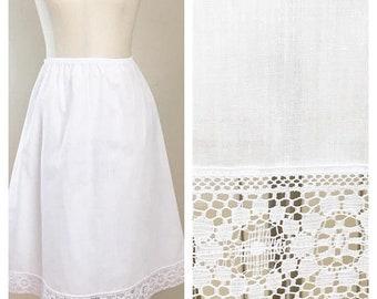 30% Off Sale 70s Wonder Maid White Cotton Half Slip with Daisy Lace Hem, Size Medium to Large