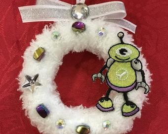 Alien Ornament   Robot Miniwreath   Geek Gift   Sci Fi Ornament
