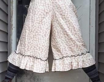 Floral Cotton Cropped Ruffle Bloomers S