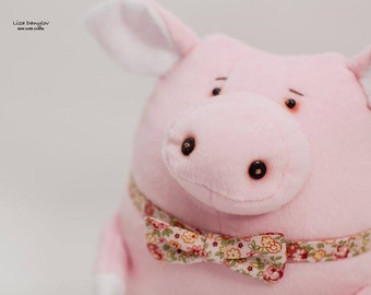 Handmade Pig Toy , Sewing Pig Pillow , Decor Baby Pillow Pig , Staffed Animal, Gift, Soft Toy