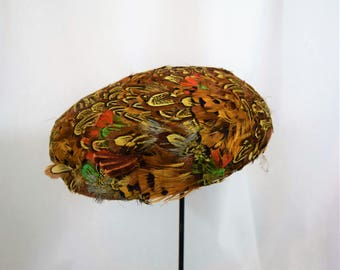 Vintage 1950s 1960s pheasant feather pillbox hat by Juli-Kay Chicago