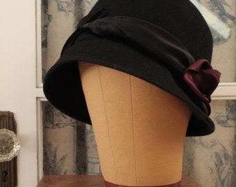 Antique 1920's Langston Bourquin Cloche Hat