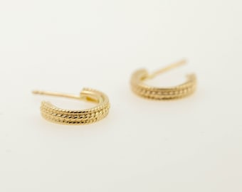 Stud earrings - 14kt gold earrings - gold ear studs - round and round - gold jewelry - special jewelry - bridal earrings - ear pins