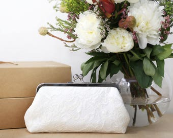Peony Paisley Lace Bridal Clutch in Ivory | Bridesmaid Clutch