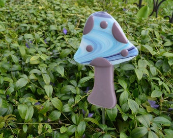 Mushroom Garden Stake, Plant Stake, Fused Glass, Yard Art, Garden Art