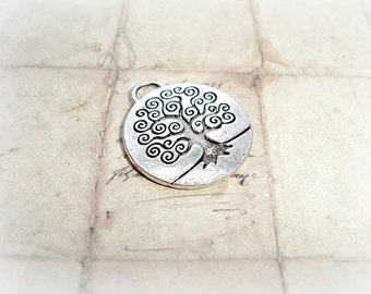2 Antique Silver Tree Of Life Pendant Charms 26mm
