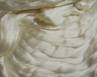 Silk Roving Top, Extremely Soft Natural White Cultivated Mulberry, 50 Grams, 13 Micron