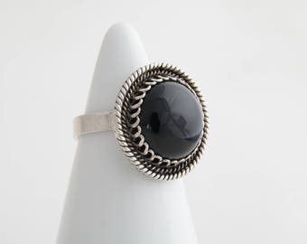 Black onyx and sterling silver ring / onyx ring / birthstone ring / onyx sterling silver ring / black  onyx ring / onyx statement ring/ 2193