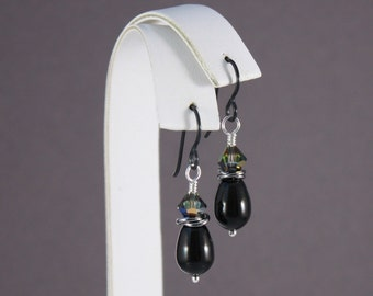 Black Niobium earrings with Mystic Black pearls and Vitrail crystals