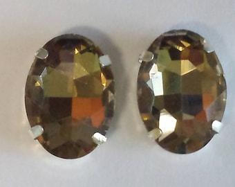 2 cabochon oval glass set 13x18mm light Topaz rhinestones