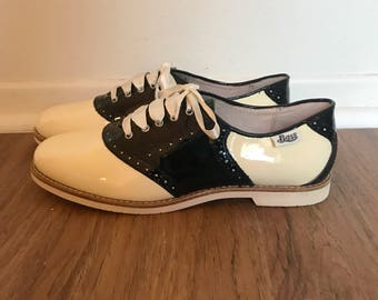 Vintage Bass Patent Leather Black and Ivory Oxford Shoes 8