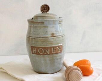 Ceramic honey jar, ceramic honey pot, lidded jar, gray honey pot, housewarming gift, rosh hashanah gift, kitchenware, storage jar