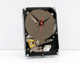 computer parts gift clock, recycled geek gift, Birthday gift, recycled computer gift, Upcycled Computer Hard Drive Clock, design clock