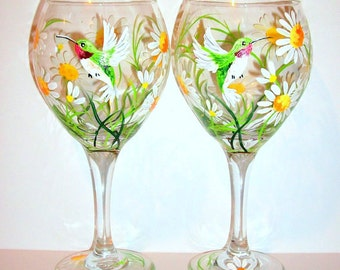Springtime White Daisies and Hummingbirds Hand Painted Wine Glasses Set of 2 / 20 oz. Red Wine Goblets Daisy Wedding Gift Bridesmaids Gift
