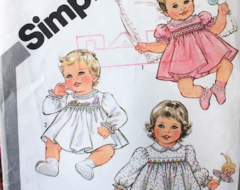 Vintage Simplicity sewing pattern #5817 - Size 18 mo. Babies -Smocked dress and panties- sleeve options -  w/ transfer Complete