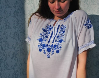 Peasant blouse, blue peasant blouse, embroidered blouse, embroidered top, folk blouse, Hungarian blouse, ethnic boho blouse