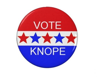 Leslie Knope - Vote Knope  Badge/Fridge Magnet/Keyring - Parks and Recreation, Amy Poehler - Pin Back Badge