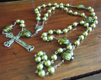 Sacred Heart Rosary/Green Rosary/Pewter Crucifix/Pewter Sacred Heart Centerpiece