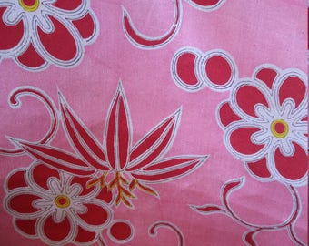 Vintage Japanese silk kimono fabric 92 cm x 36 cm lightweight juban fabric with soft crepe feel.