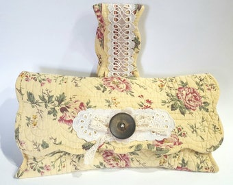 Placemat purse, upcycled clutch, upcycled wrislet, upcycled purse, wrislet purse, upcycled handbag, vintage lace bag, lace purse