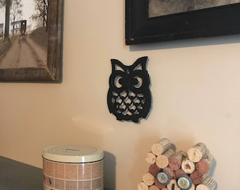 Vintage Cast Iron Owl Trivet/Coaster | Owl wall hanging | Owl Decor