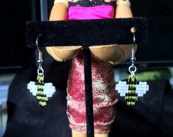 Bees! - Beaded Geeky Jewelry - Earrings (pair)