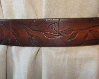 Customizable 1 1/2 inch, Leaf Silhouette Design Leather Work or Casual Belt