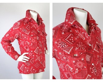 Vintage 1960s / 1970s Western Jacket / Cowgirl / Quilted Coat, Red Bandanna, Cotton, Sz M