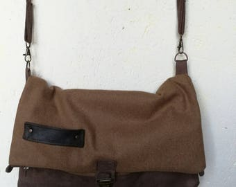 Bag/satchel/Messenger bag mixed wool and fully lined suede