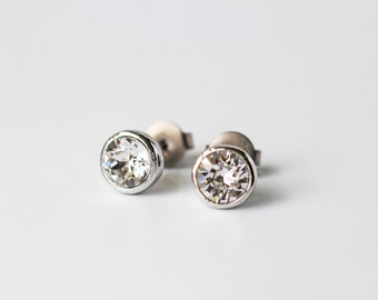 Small Clear Crystal Titanium Stud Swarovski Brilliant Crystal Silver Bezel Simple Posts Earrings