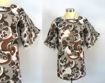 Bell Sleeved 1960s Mod Paisley Mini Dress