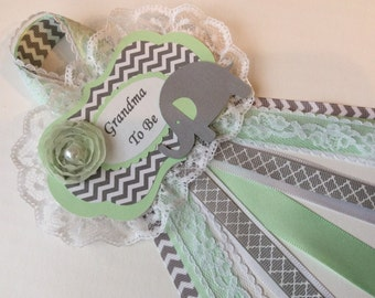 Mint and grey Elephant Baby shower corsage/Neutral Baby shower corsage/Mommy to Be corsage/Grandma to be corsage