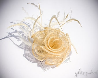 Beautiful Wedding Fascinator Ivory