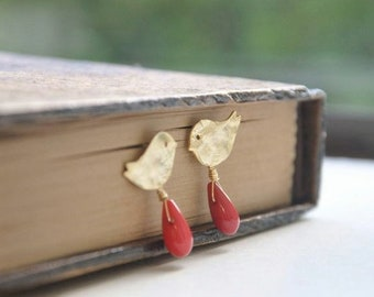 Gold Bird Earrings - Tiny Bird Earrings, Bird Posts Earrings, Cute Earrings, Gold Earrings, Small Post Earrings, Whimsical Earrings, Unique