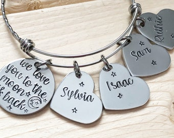 I love you to the moon and back- Mother's bracelet - Hand stamped jewelry - Moon and back bracelet - Bracelet with children's names